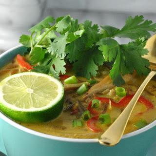 Coconut Lemongrass Soup [Vegan]