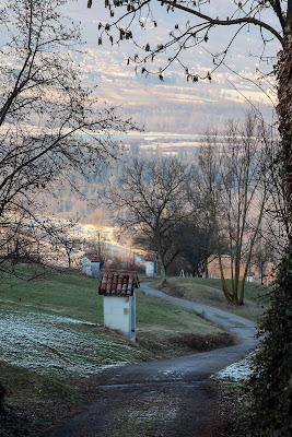 Il sentiero dei capitelli affrescati ... Lentiai - fraz. Colderù (BL) di sandro5845