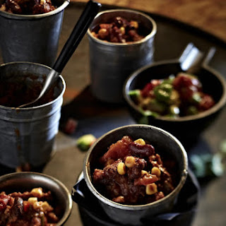 Chili con Carne with Cinnamon and Dark Chocolate