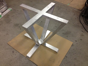 Photo: Base for round glass table