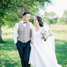 Wedding photographer Ekaterina Kolomarova (katesalat). Photo of 13.07.2017