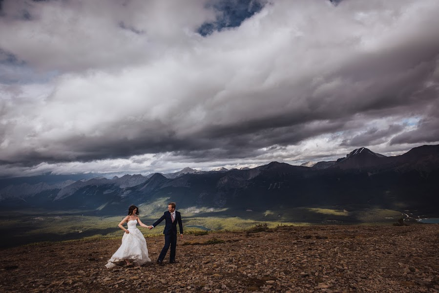 Wedding photographer Marcin Karpowicz (bdfkphotography). Photo of 24.04.2017