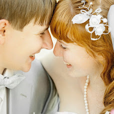 Wedding photographer Valeriy Lobanov (lovar). Photo of 22.02.2013