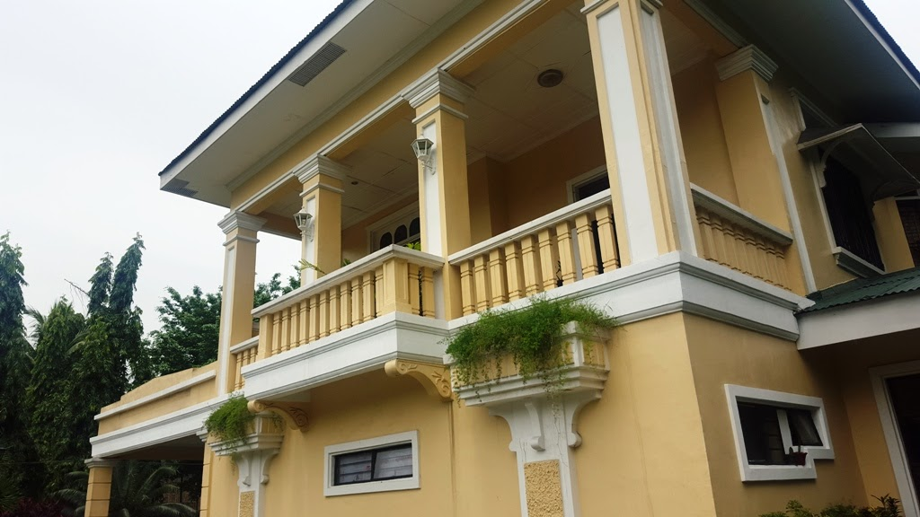 QUEZON HERITAGE HOUSE (REPLICA) INSIDE QUEZON CITY MEMORIAL CIRCLE