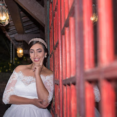 Wedding photographer Thais Teves (ThaisTeves). Photo of 16.04.2018