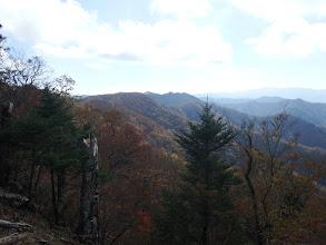 主稜線(千石山など)を望む