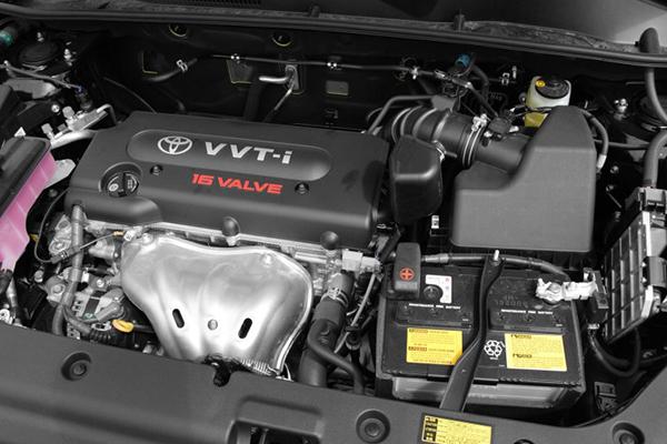 engine-of-toyota-rav4-2008