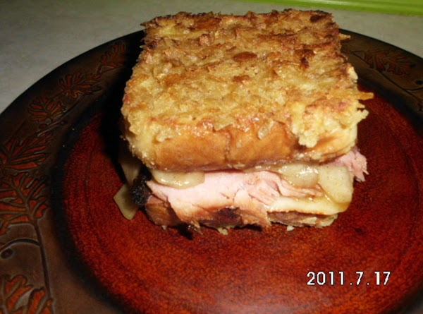 Place ham, cheese, cooked pears on bread and enjoy.