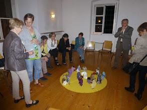 Photo: Im Meditationsraum spielen Bibelfiguren die große Rolle.