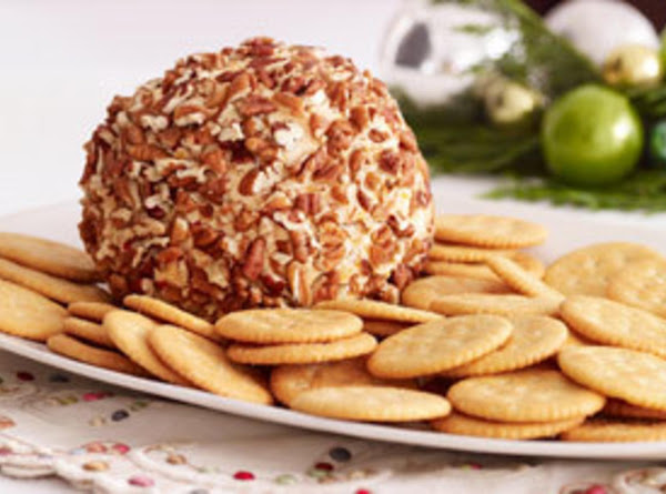 Ranch Chicken Cheese Ball With Pecans Recipe