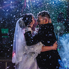 Wedding photographer Alena Dmitrienko (Alexi9). Photo of 05.01.2016