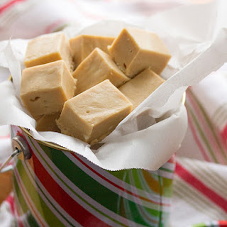 5-Minute Cookie Butter Swirl Fudge