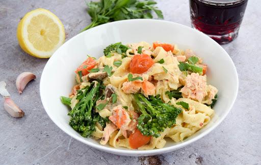 Creamy Salmon & Broccoli Pasta