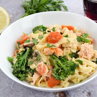 Creamy Salmon & Broccoli Pasta.