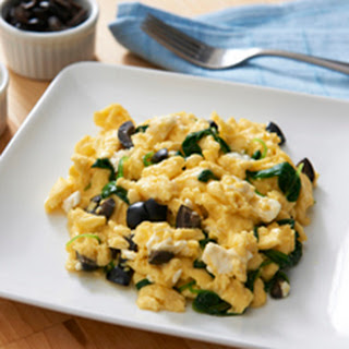 Fluffy Scrambled Eggs-Greek Style