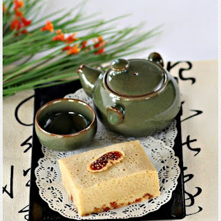 Ma Lai Kou (Steamed Sponge Cake).