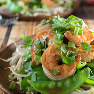 Ginger Shrimp With Bean Sprouts and Snap Peas