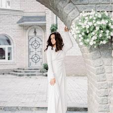 Wedding photographer Anastasiya Bryukhanova (BruhanovaA). Photo of 18.12.2017