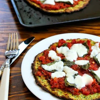 Low-Carb Zucchini Crust Vegetarian Pizza Margherita – On the Grill or In the Oven.