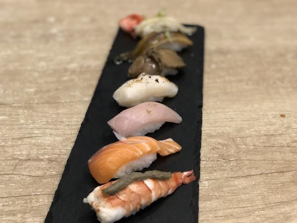 好吃的握壽司 新鮮又真材實料 服務也很好 高貴不貴