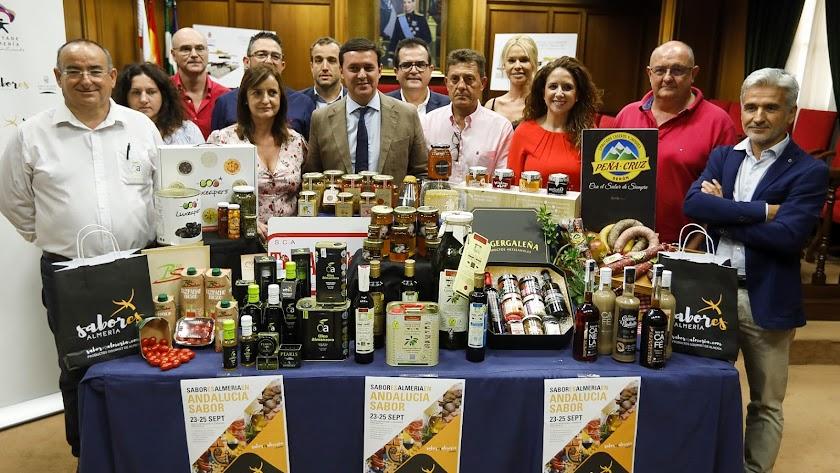 presentación de los productos de las 12 empresas de la provincia que participarán en 'Andalucía Sabor'.