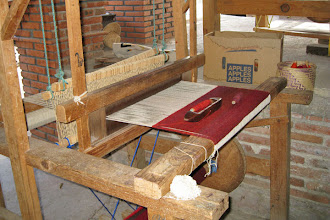 Photo: Teotitlan Rug Weaving - Loom