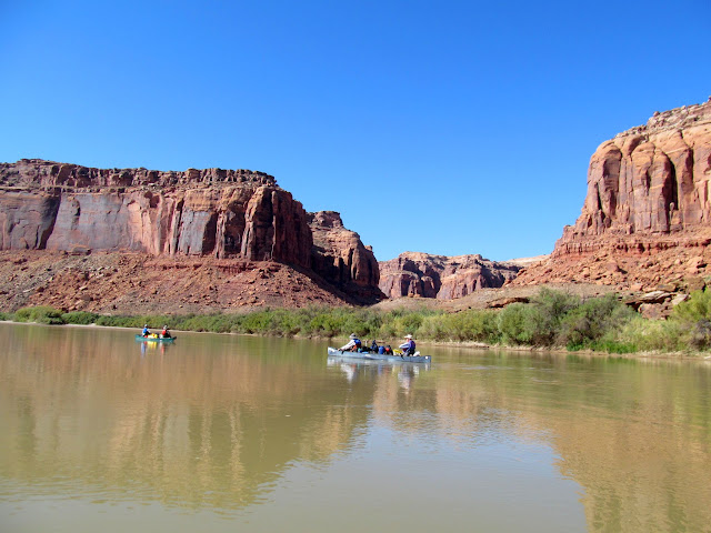 Passing the mouth of Twomile Canyon