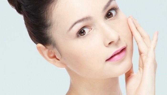Tips Cara Menjaga Kelembaban Kulit Wajah