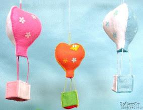 Photo: Τα Αερόστατα Μπομπονιέρες!!! Διαστάσεις Μπαλονιού 6 Χ 7 εκατοστά περίπου.