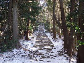 鳥居への石階段