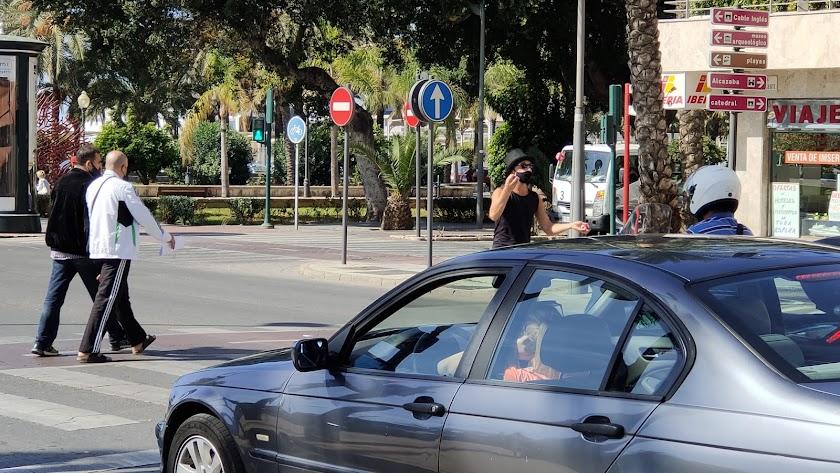 Los datos diarios de contagios por coronavirus en Almería vuelven a situarse por encima de los 100 positivos.
