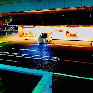 ステップワゴン RF8 スパーダのカスタム事例画像 かまやん。さんの2018年10月16日00:50の投稿