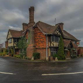 King Henry 8 pub,hever,uk by Yordan Mihov - Buildings & Architecture Public & Historical ( uk, sigma, sony alpha, hever, road, king henry 8 pub )