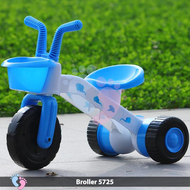 xe 3 bánh có bàn đạp cho trẻ em