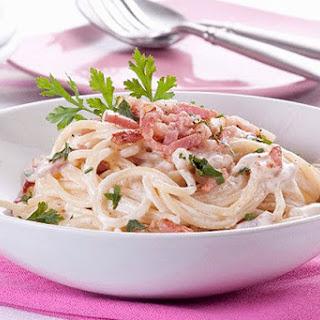 Creamy Classic Pasta Carbonara