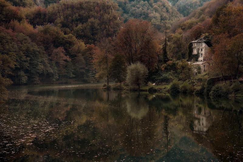 Isola Santa il Borgo sul Lago di Sil-M