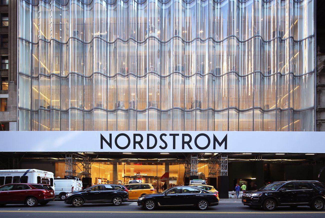 Varejista em Nordstrom, exemplo de retailment
