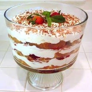 Strawberry Trifle With Angel Food Cake Recipes.