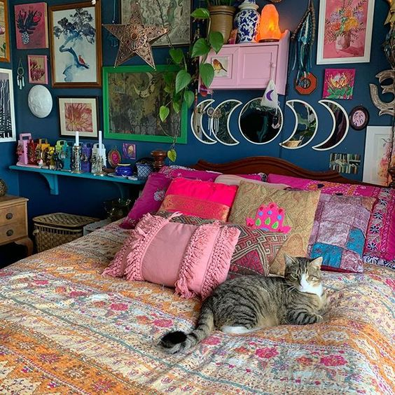 Witchy Decoration in Sleeping Space
