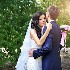 Wedding photographer Alena Grebeneva (Grebeneva56). Photo of 17.08.2015