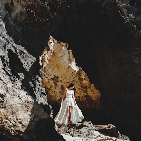 Fotógrafo de bodas Anna Atayan (annaatayan). Foto del 19.05.2014