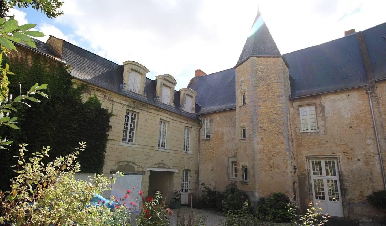 Hôtel particulier avec salle de réception Thouars