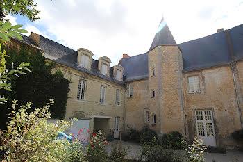 hôtel particulier à Thouars (79)