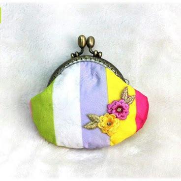 Oriental Beauty 韓式傳統布8.5cm口金包