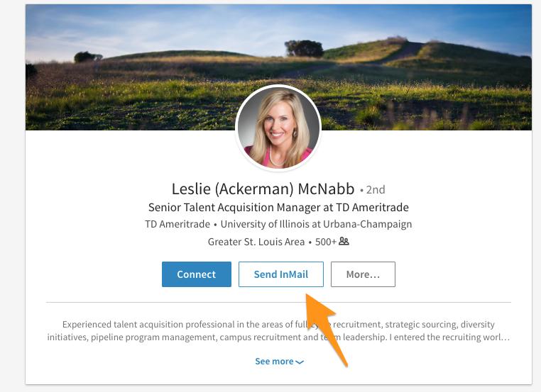 Cómo escribir mensajes efectivos en LinkedIn [Guía con ejemplos]