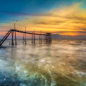 Jeram Blue's Tide  by Najmi Rooslan - Landscapes Sunsets & Sunrises ( gnd, canon, cokin, blue hour, 60d, malaysia, landscape, tamron, tamron 11-18mm, uwa, selangor, cpl, hoya, jeram )