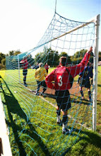 Photo: 25/08/07 v Uckfield (SCL3) 3-1 - contributed by Paul Roth