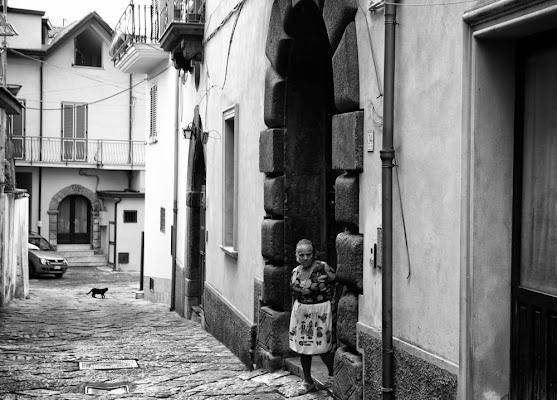 """""""Va' per le strade tra la gente..."""" di alev1209"""