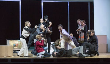 Photo: Theater an der Wien: THE RAKE'S PROGRESS. Inszenierung: Martin Kusej. Premiere 16.9.2013. Foto: Theater an der Wien