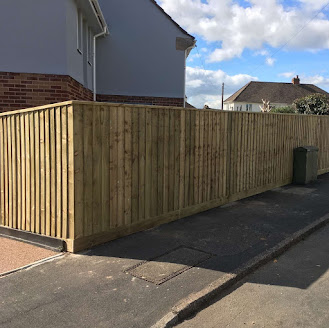 Fencing service in Exeter by Paul Jackson Fencing & Landscaping
